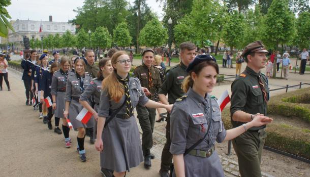 44 - Wspólny polonez